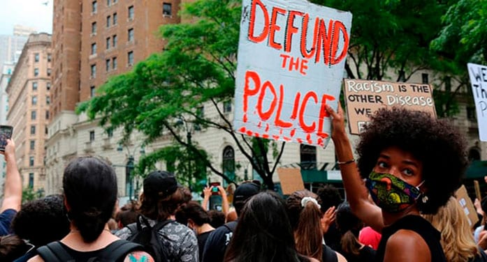 The huge challenge of holding police accountable